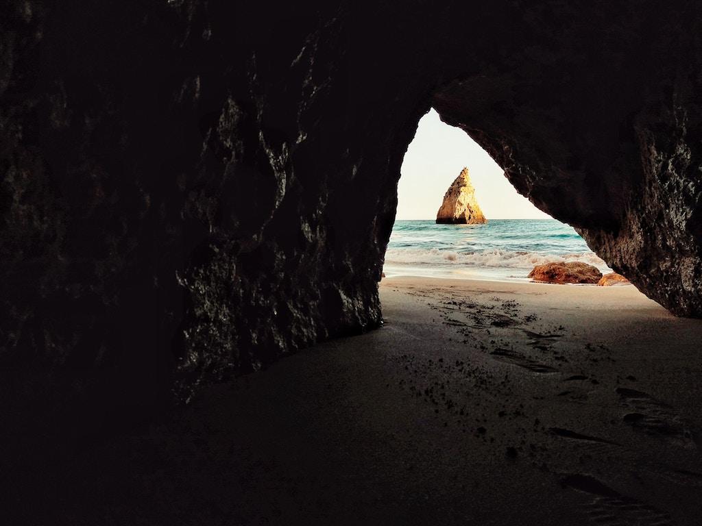 Praia dos Três Irmãos, Portimão | Fotografia ©Liam McKay