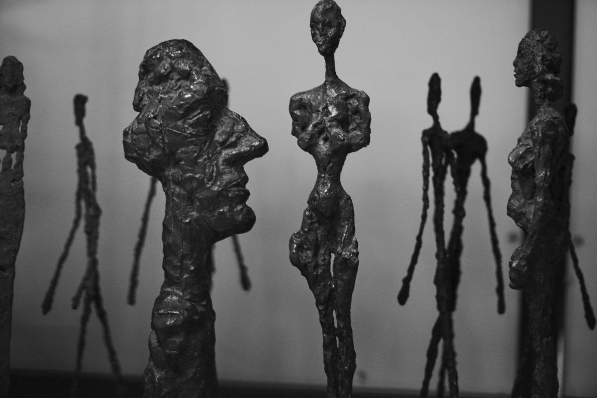©Peter Lindbergh Courtesy Peter Lindbergh Foundation, Paris ©Succession Alberto Giacometti Found. Giacometti, Paris e ADAGP